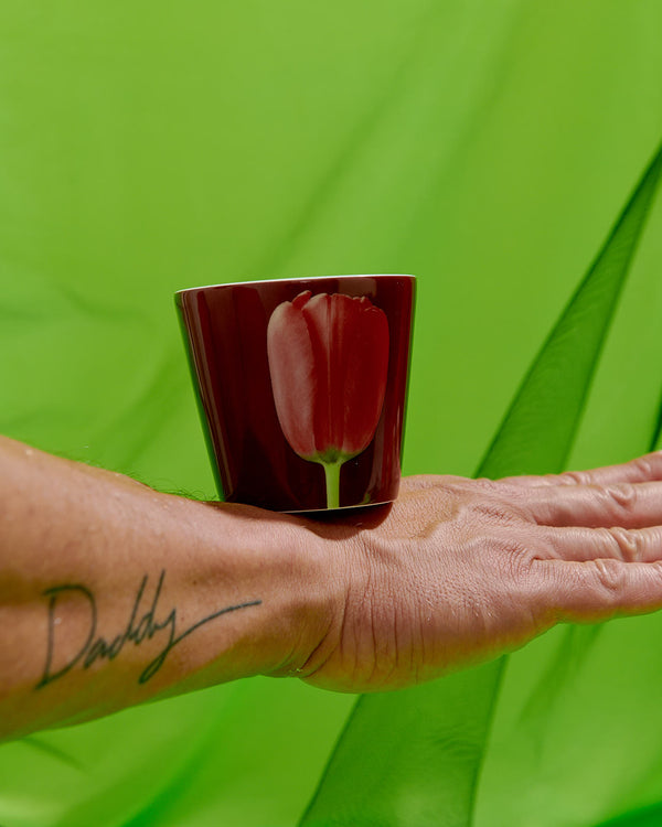 ROBERT MAPPLETHORPE PERFUMED PORCELAIN RED TULIP CANDLE