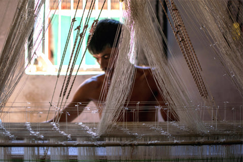 weavers of India, sustainable fashion womenswear, agaati, artisanal clothing
