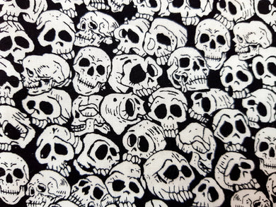 Face Mask - Black and White Skulls