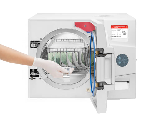 Example of women using an automatic autoclave