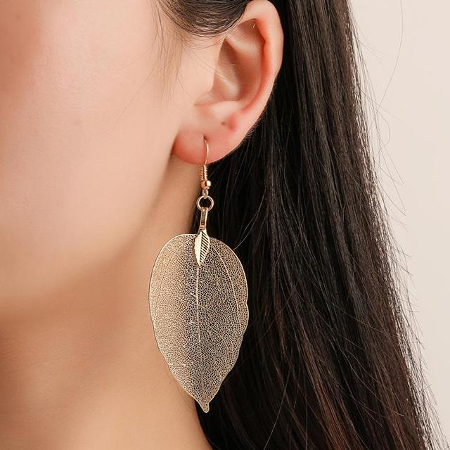 Openwork Leaf Earrings Set