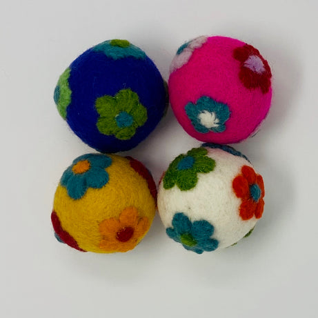 Colours Of Australia -  Felt Balls Flower