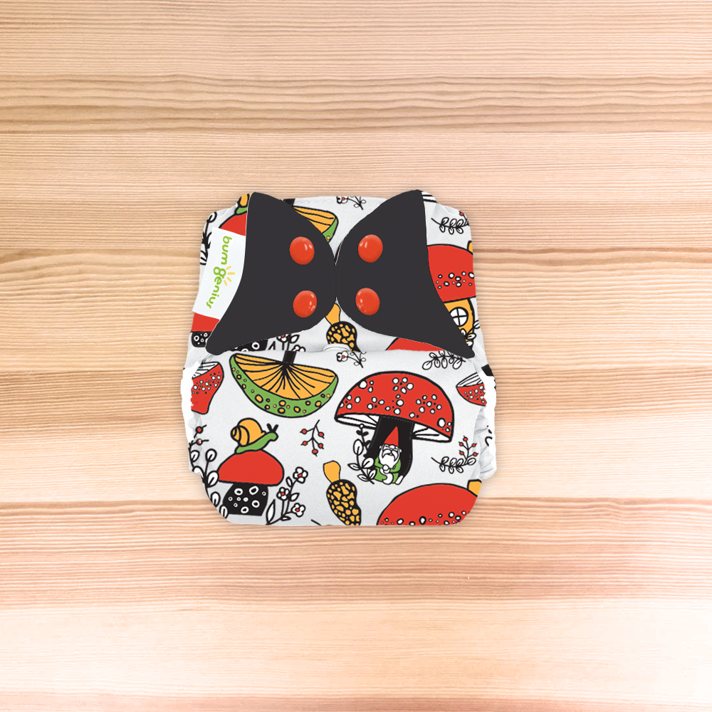 /' LOCHy DUCKy /'   DOODLES series limited edition BumGenius  Freetime Nappy