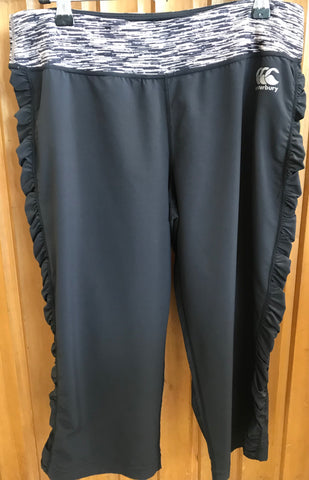 Canterbury Ladies Chillax 3/4 pant black size 10