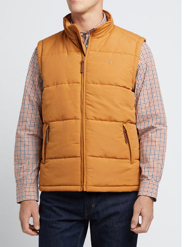 RM Williams Mens Patterson Creek vest in Nutmeg