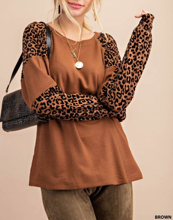Top- Leopard Contract Sleeve Tan