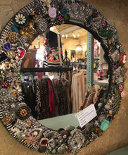 One-of-a-kind, Round Mirror