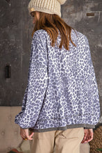 Shirt- LEOPARD PRINTED KNIT PULLOVER
