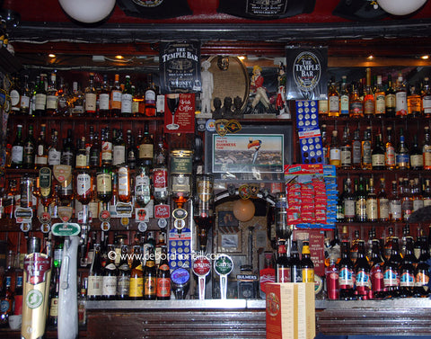 Ireland, Temple Bar Bar, 16x20 print