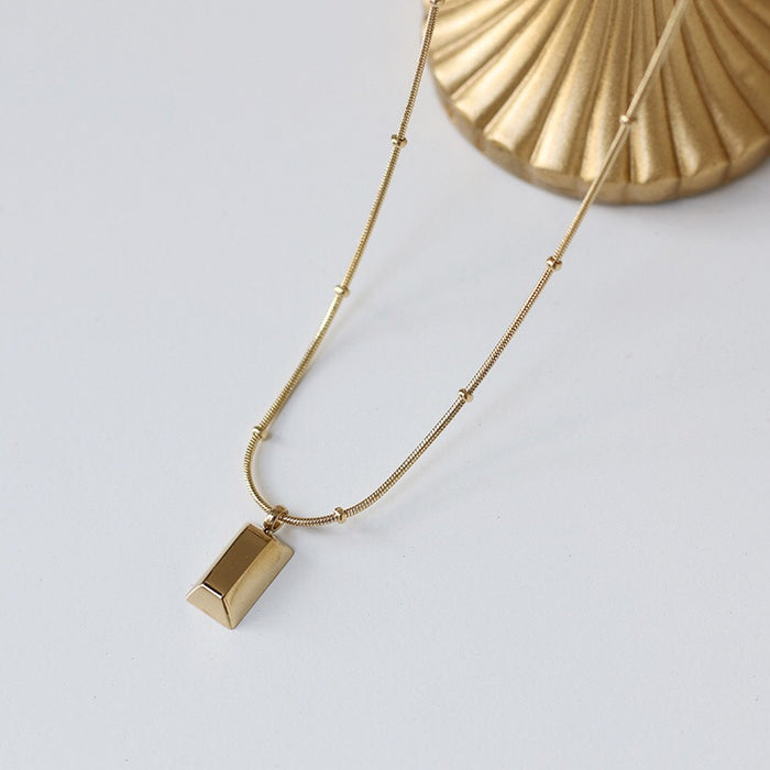 Arvo Bar Necklace