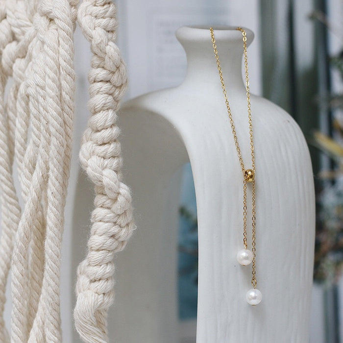 Arvo Pearl Drop Necklace