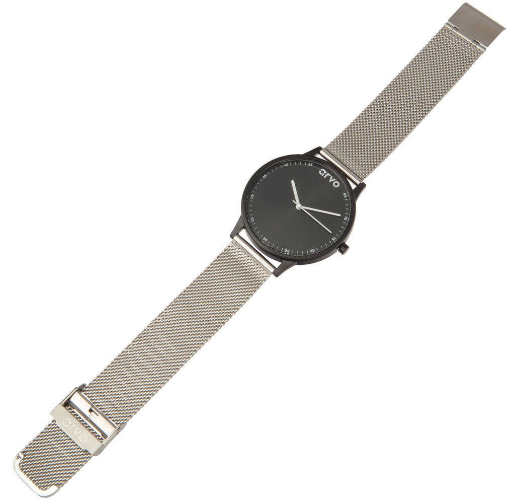 The Time Traveler Dress Watch - 38mm - Silver Mesh