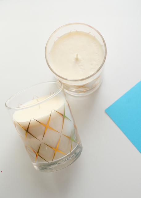 Hand-Poured Natural Soy Candle - Salubria