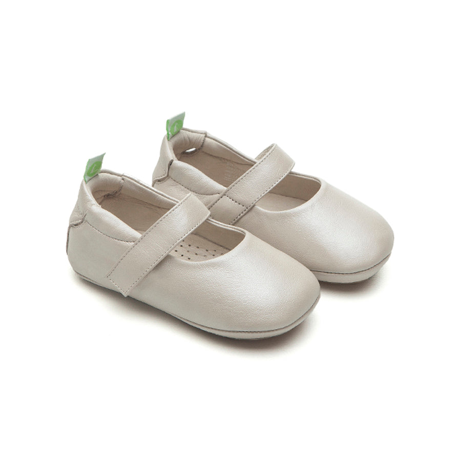 Dolly Mary Jane Shoes - Antique White