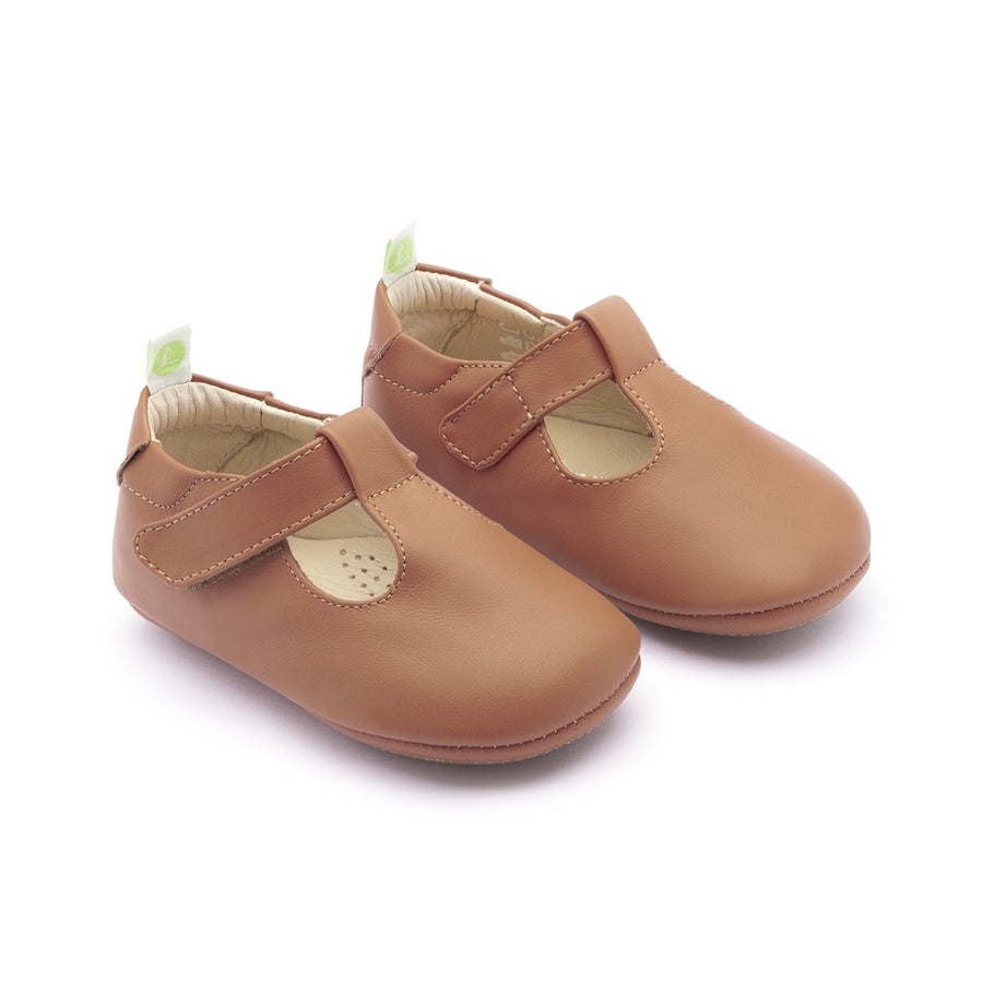 Tip Toey Joey Strappy Shoes Amendoim Soft Soles Prewalkers