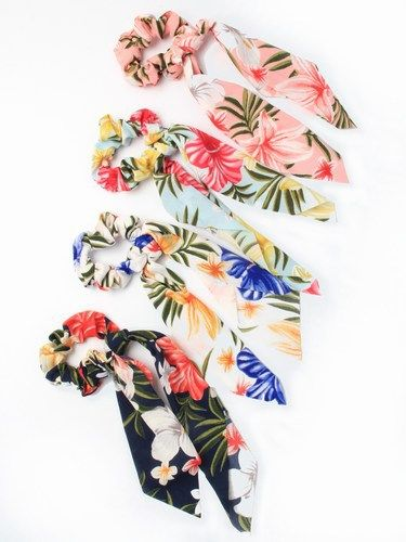 Tropical print scrunchie with tails - pack of 4