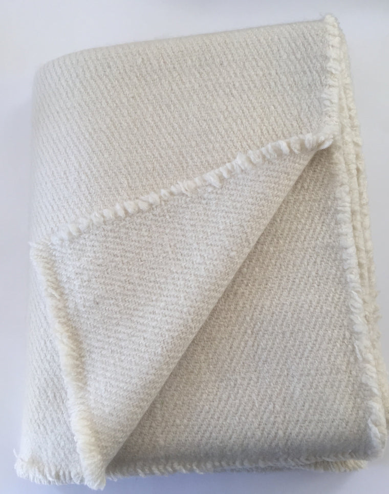 Hand Spun Hand Woven 4 ply cashmere throw -The Hero