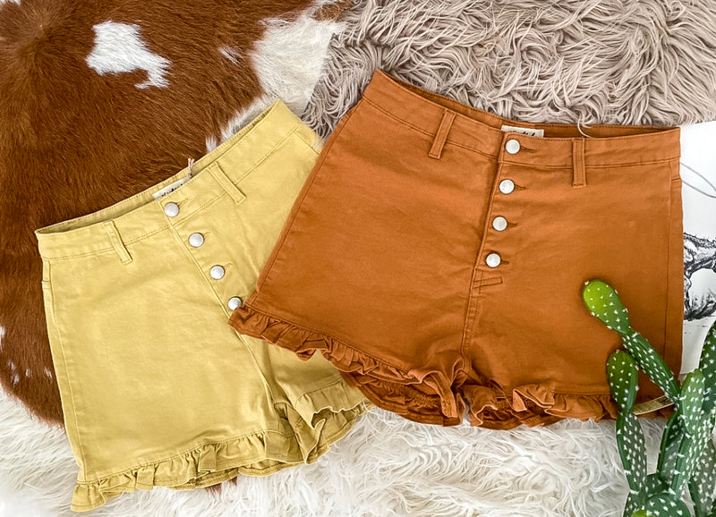 Ruffle Bottom Shorts (camel)