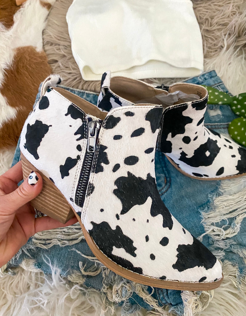 Pasture Pet (Cowprint) Thing Booties