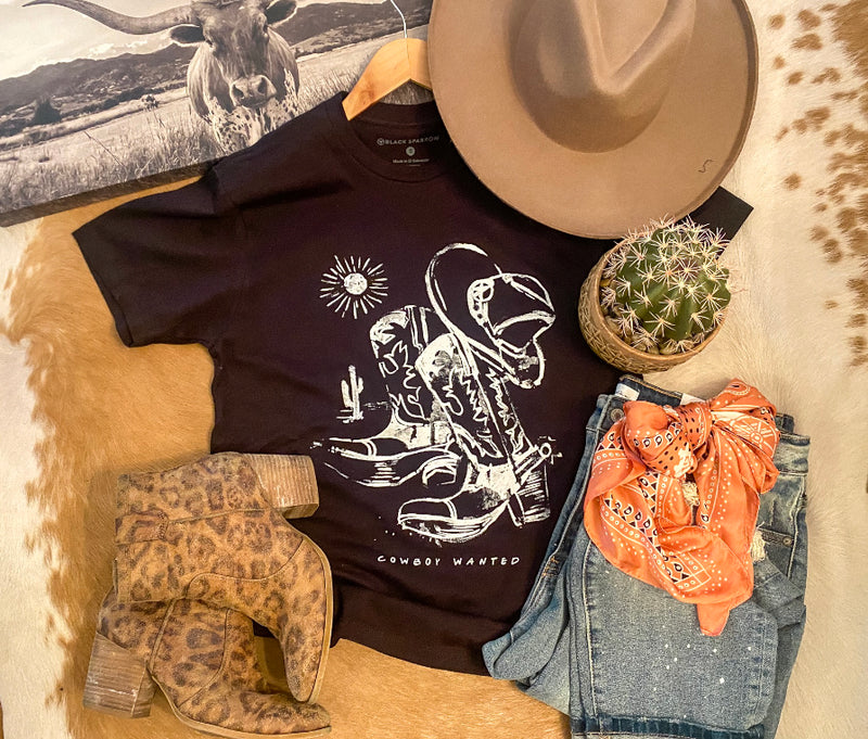 Cowboy Wanted Boots Tee (black)