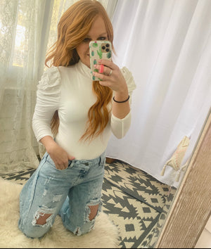 Queen Bodysuit (puff sleeve)(white)
