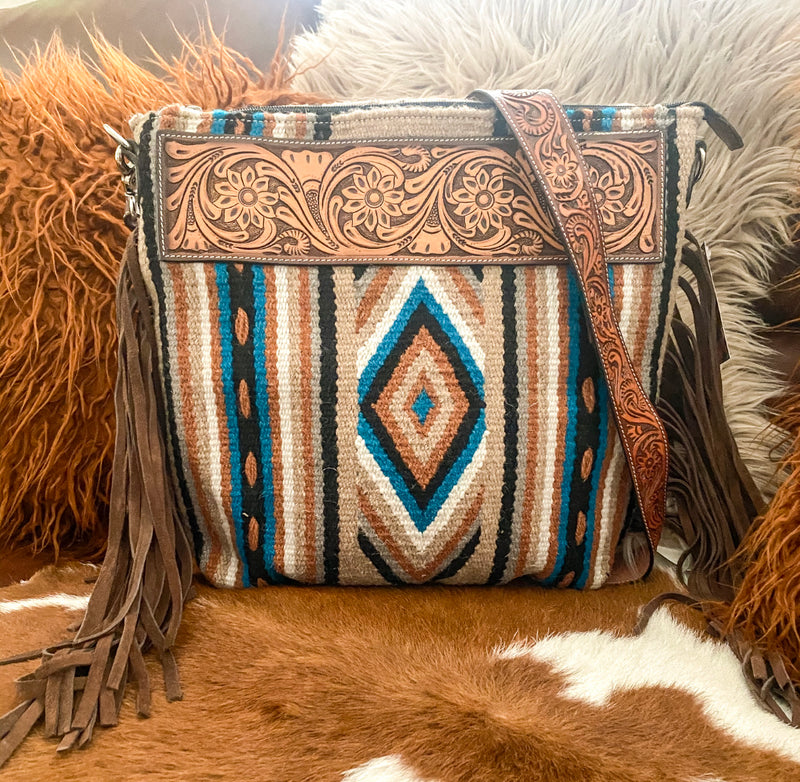 The Tundra River Saddle Blanket Purse (brown)
