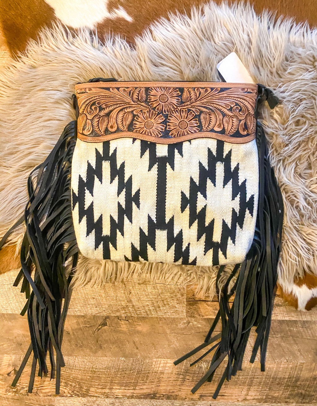 The Snowcaps Mountains  Saddle Blanket Purse (off white )