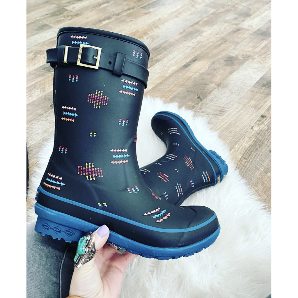 Mama Tried y'all Southwest Pendleton Rain boots (geo toss) semi boot