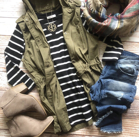 Wild Adventures Hooded Vest in Olive
