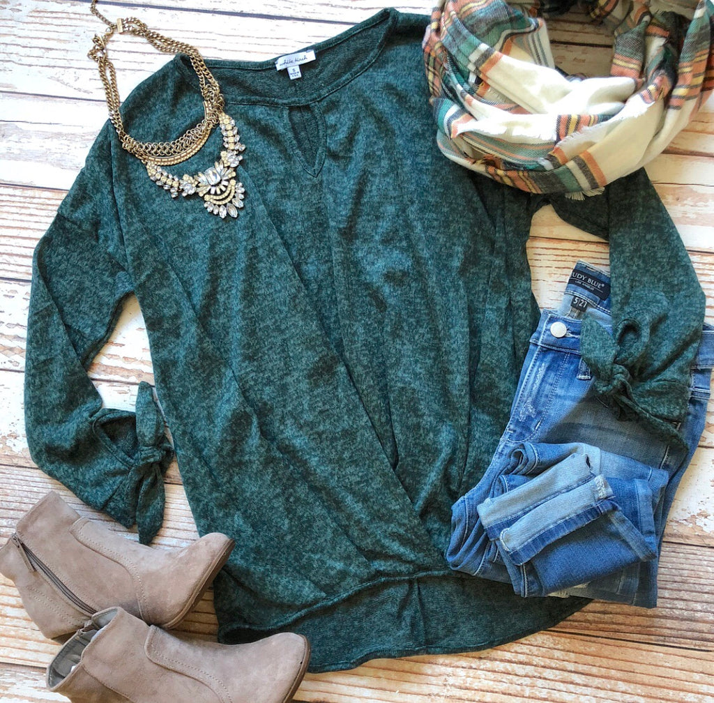 Holiday Spirit Top In Hunter Green