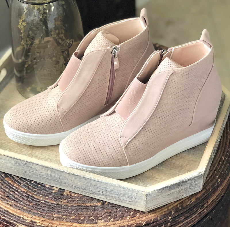 Lauren Wedge Sneaker In Blush
