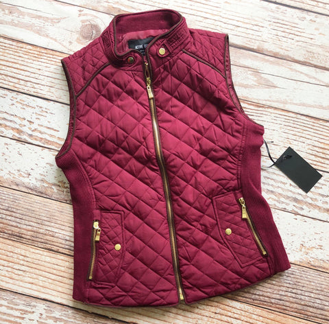 Essential Things Vest in Burgundy