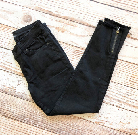Kan Can Marion Skinny Jeans in Black