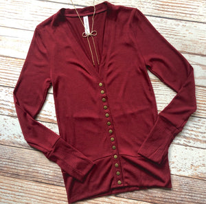 Classic Cardigan Long Sleeves In Cabernet
