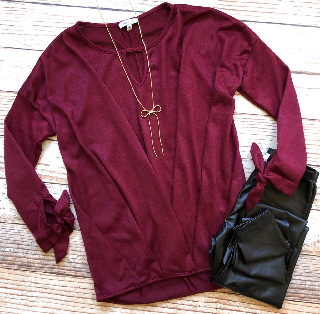 Holiday Spirit Top in Burgundy
