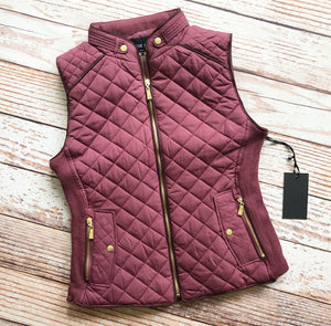 Essential Things Vest in Red Bean