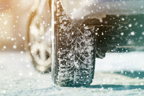 8 Accessories to Add to Your Car in the Winter