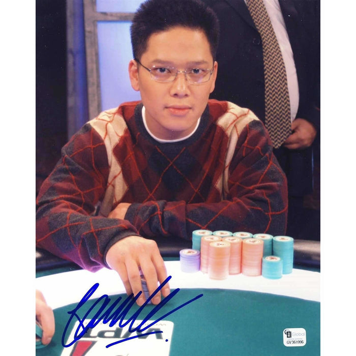 Tuan Le Poker Pro Autographed 8X10 Photo GAI Certified 996