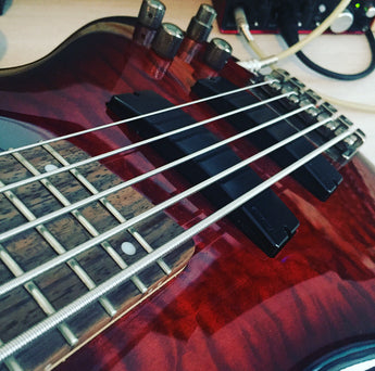How To Record Electric Bass Guitar - Simple Recording Tip