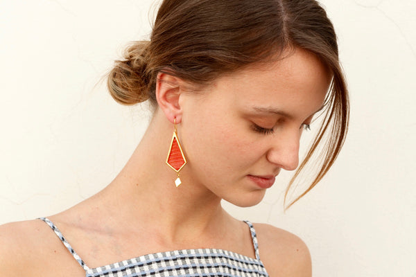 Gold Earrings with Red Leather with Woman