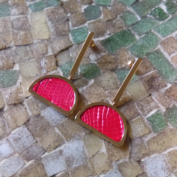 GOLD-PLATED Half Moon Shape Earrings Red Leather