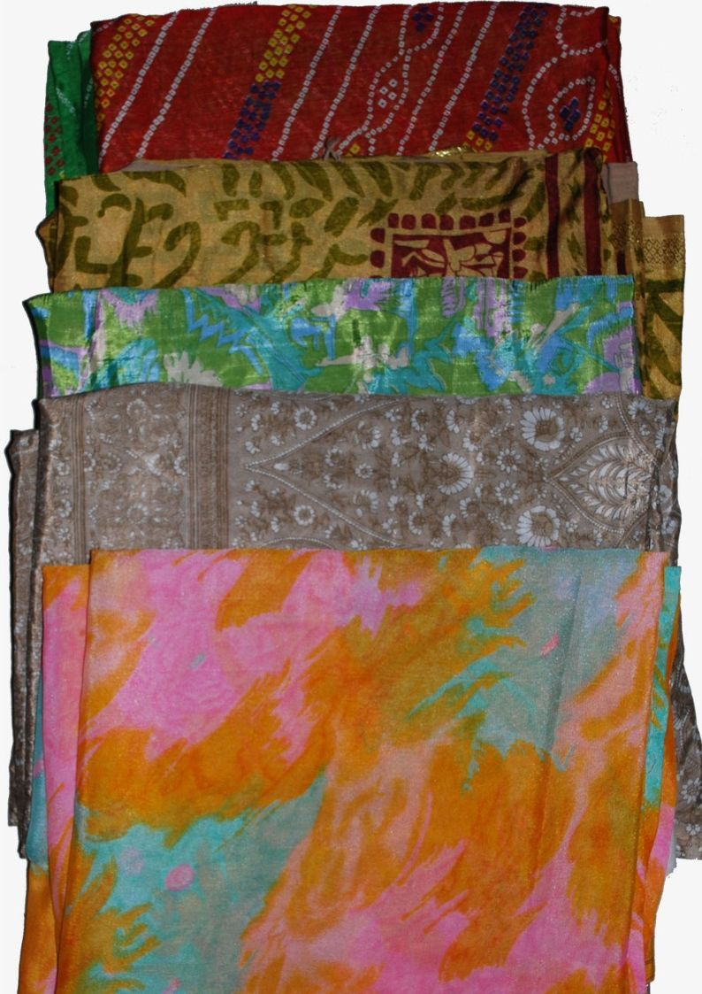 Wevez Artwork Vintage Indian Saree Fabric - 5 pcs