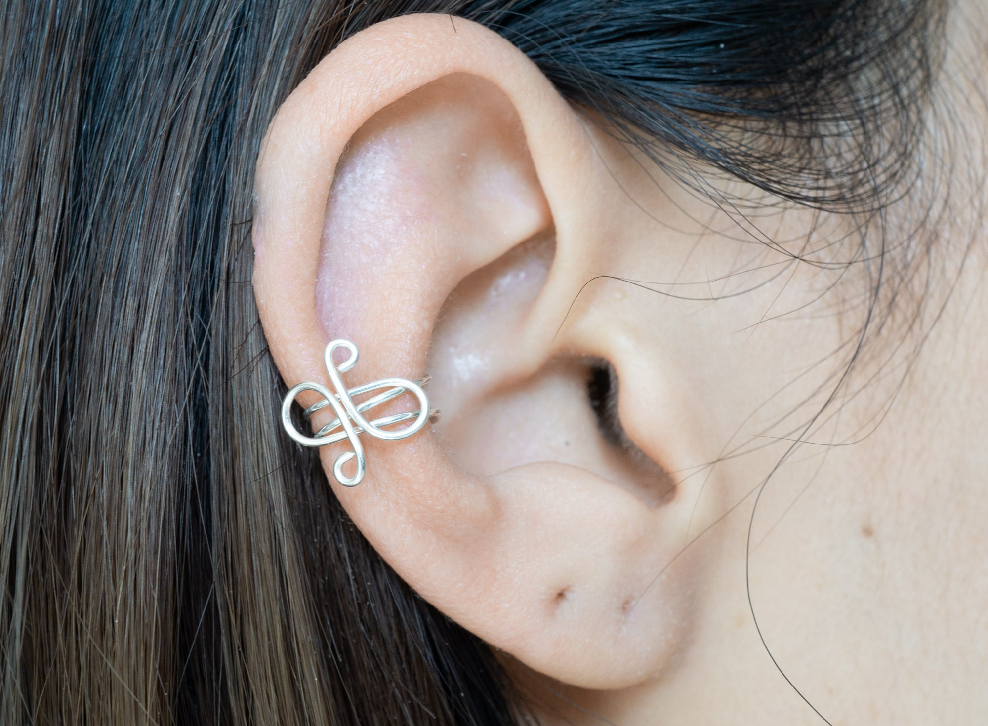 sterling silver swirl middle ear cuff