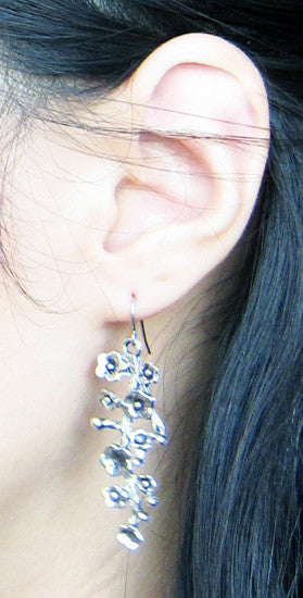 Flower Blossom Branch Black Cartilage/Double Piercing
