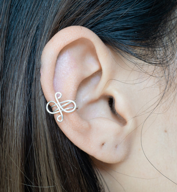 Sterling Silver Swirl Middle Cartilage Ear Cuff Earring