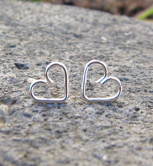 Sterling Silver Mini Hearts Earring