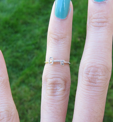 Sterling Silver Small Key Knuckle Ring