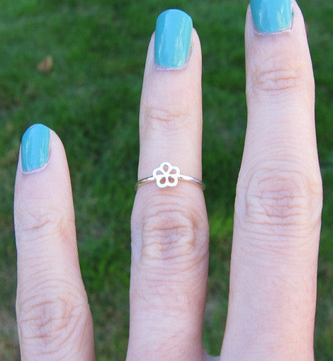 Sterling Silver Flower Frame Knuckle Ring