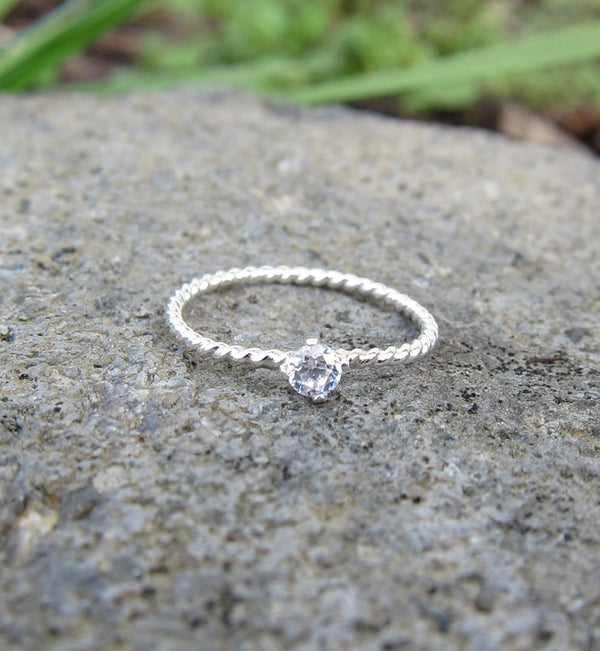 Sterling Silver Single Cubic Zirconia Knuckle Ring