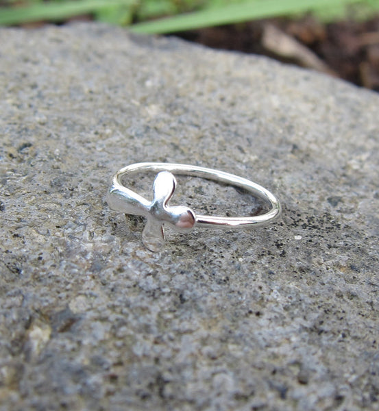 Sterling Silver Rounded Cross Knuckle Ring
